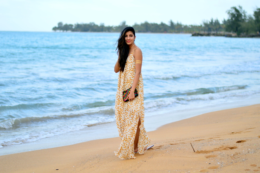 floral-maxi-dress-beach-vacation-style 1