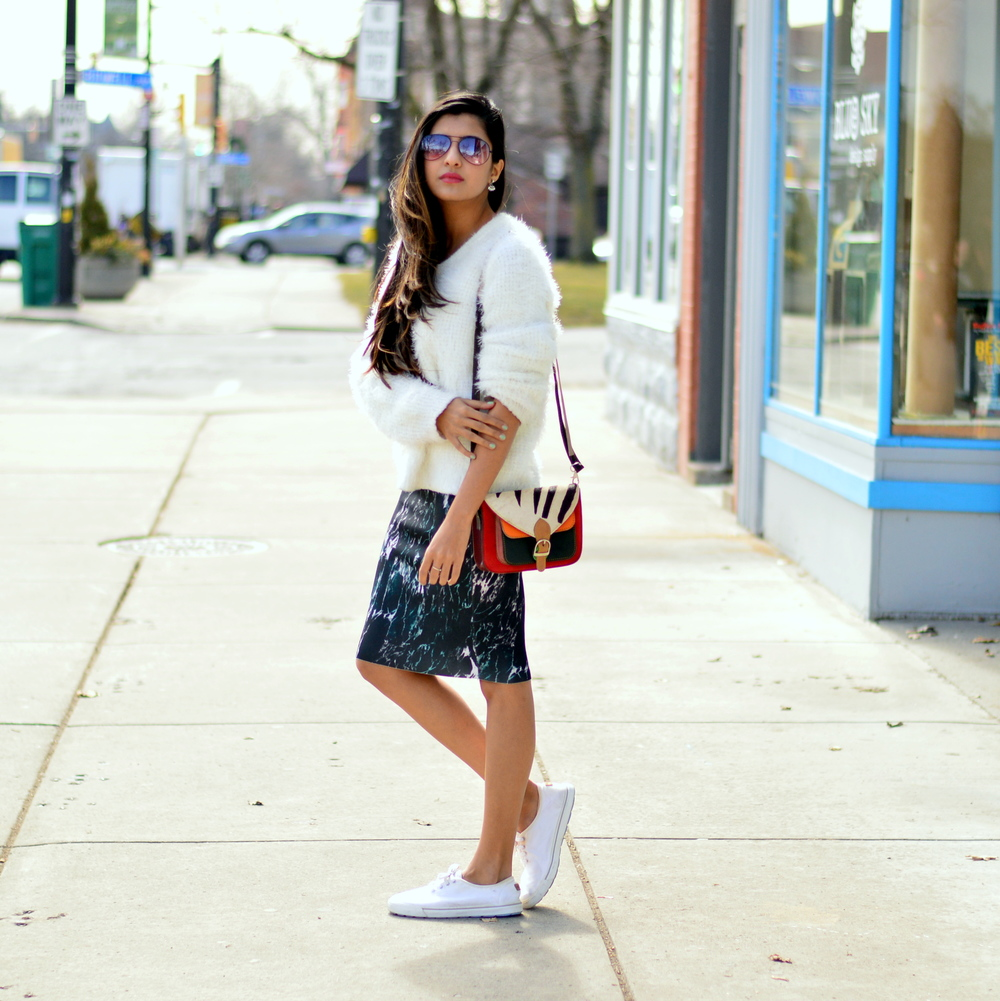 sweater-skirt-sneakers-spring-style 3