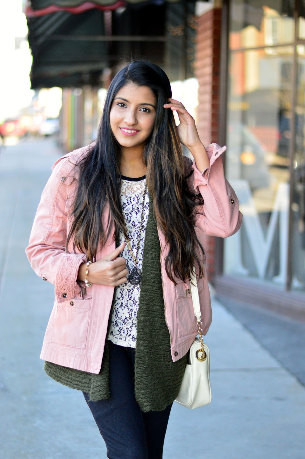 pink-utility-jacket-spring-style-blogger 2