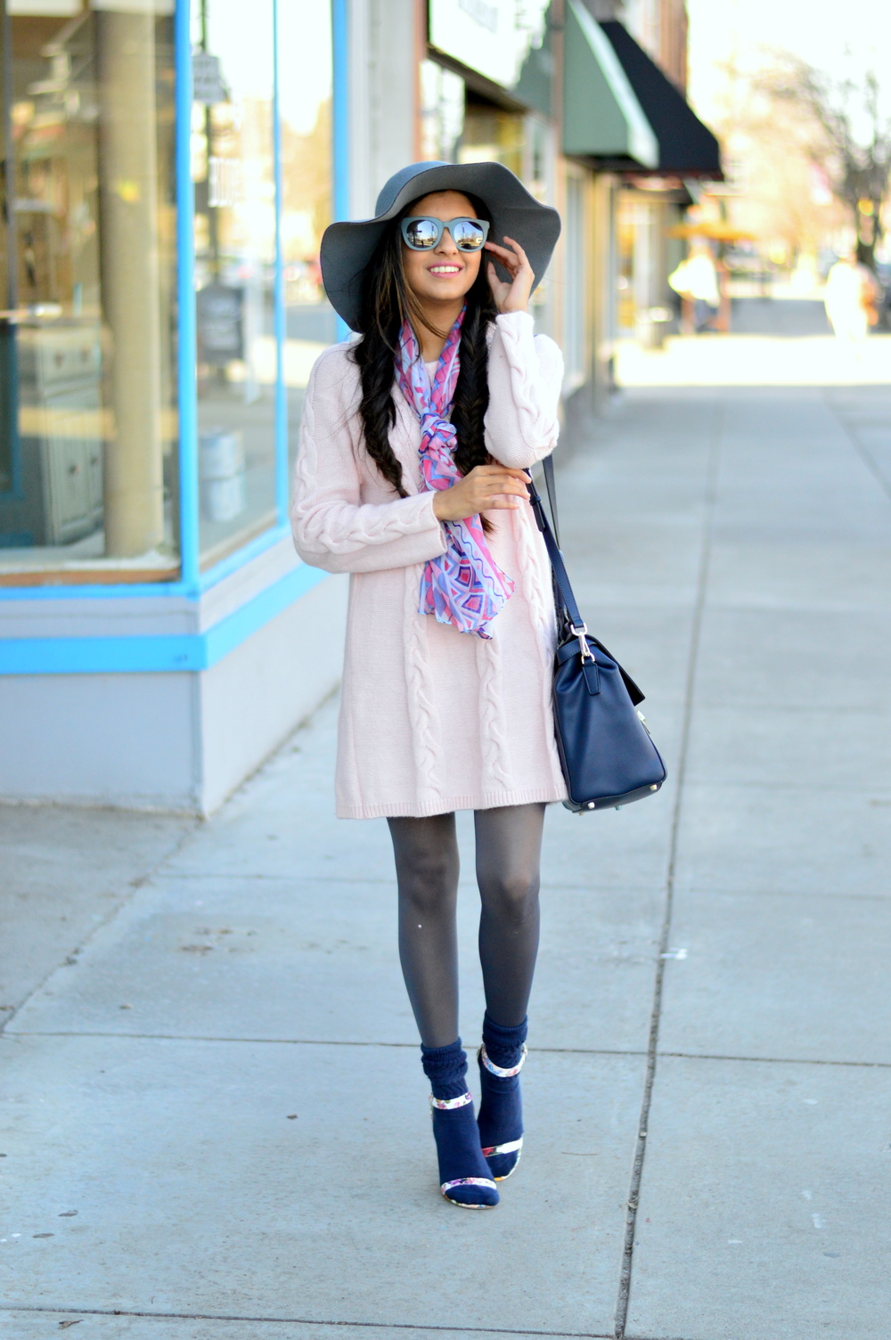 blush-pink-transition-spring-style 7