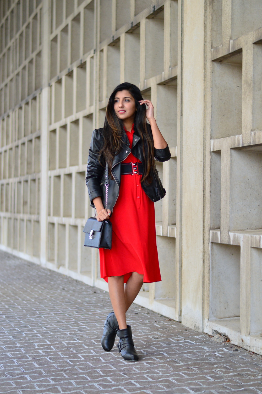 Red-midi-shirtdress-date-night-spring