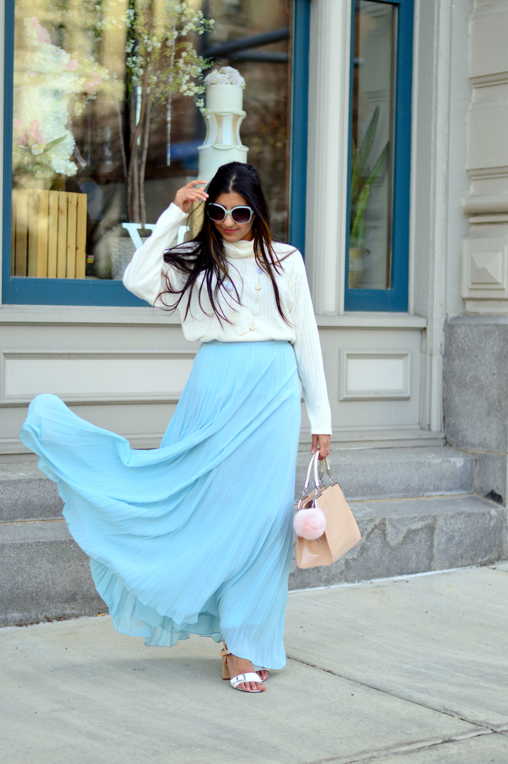 pleated-maxi-skirt-turtleneck-sweater-spring-style 3