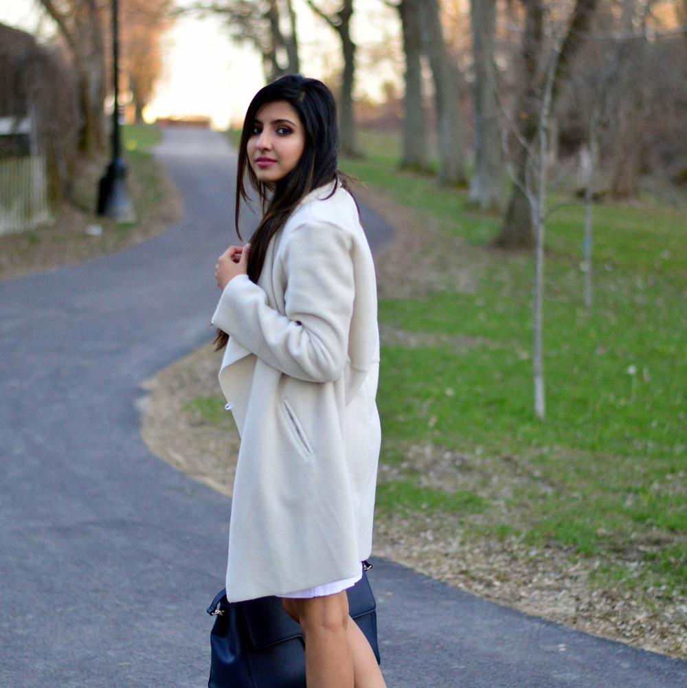 spring-neutrals-white-denim-dress-fashion-blogger-outfit 6