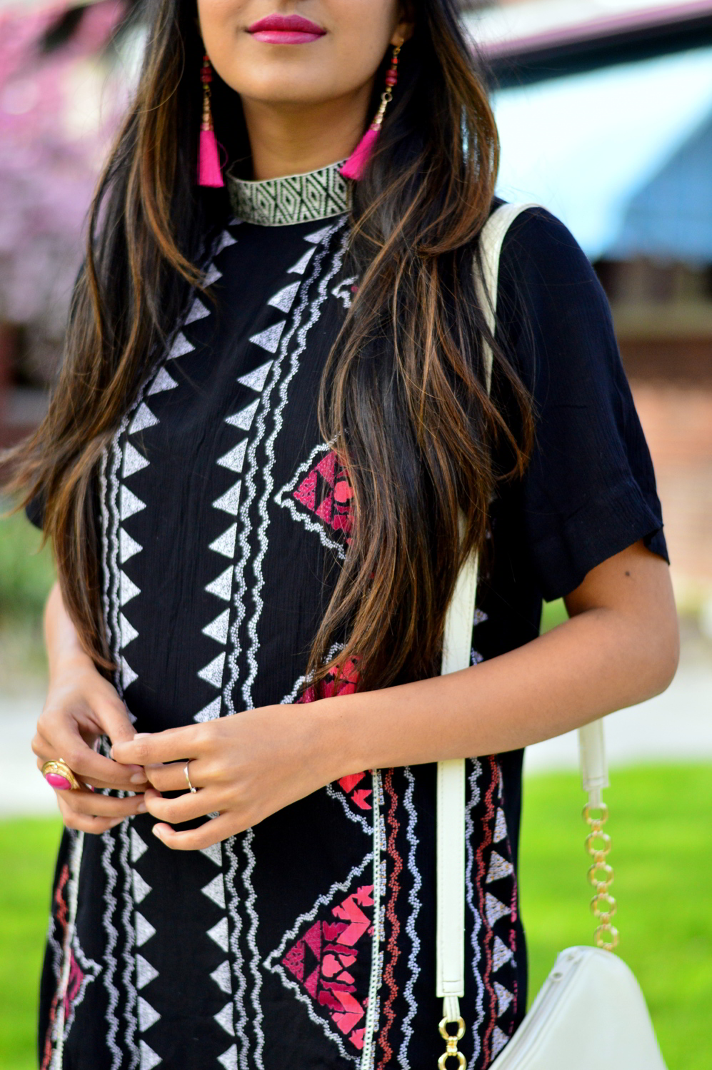 printed-high-neck-shift-dress-tassel-earrings-outfit 4