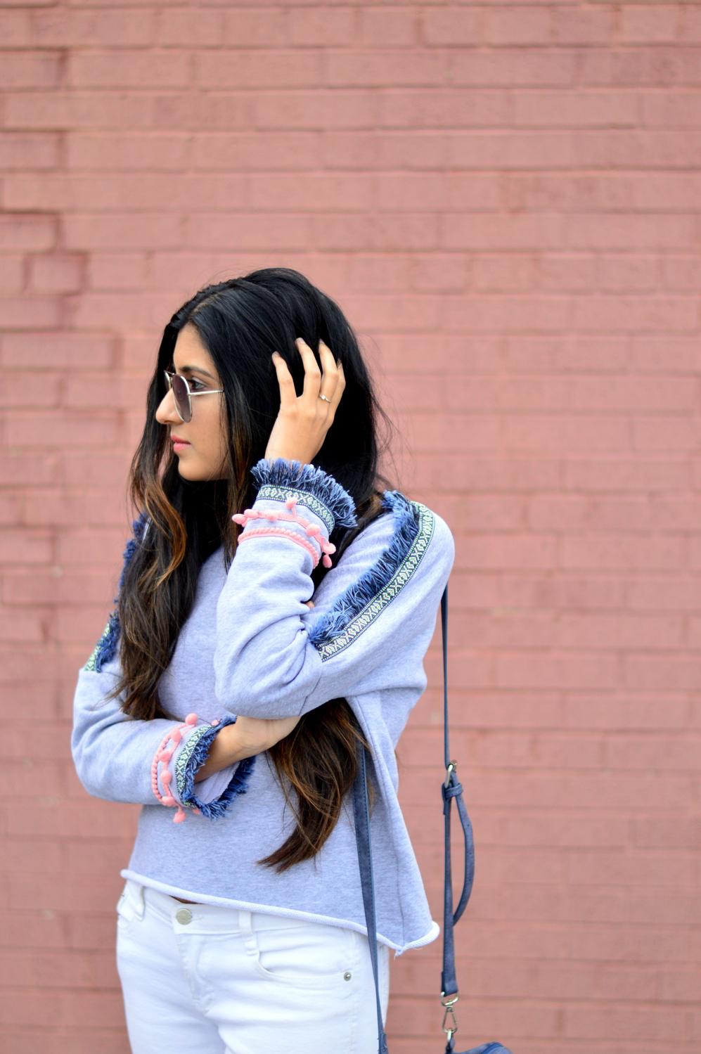 pom-fringe-sweatshirt-white-denim-basics-blogger-outfit
