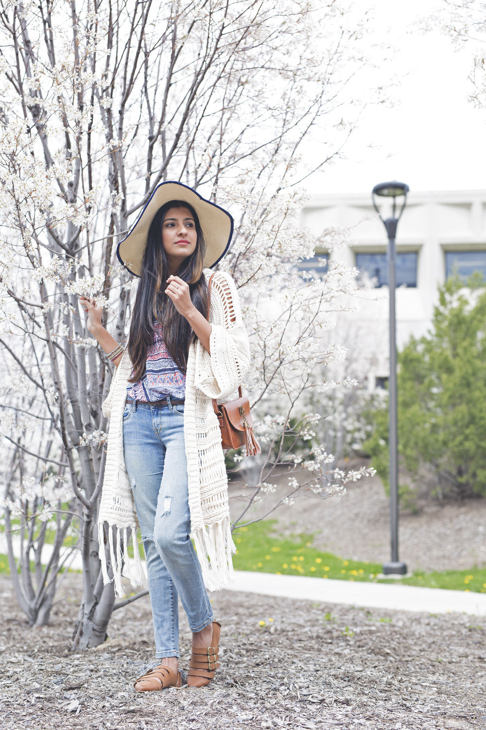 Spring-blogger-outfit-crochet-duster-fringe-cardigan