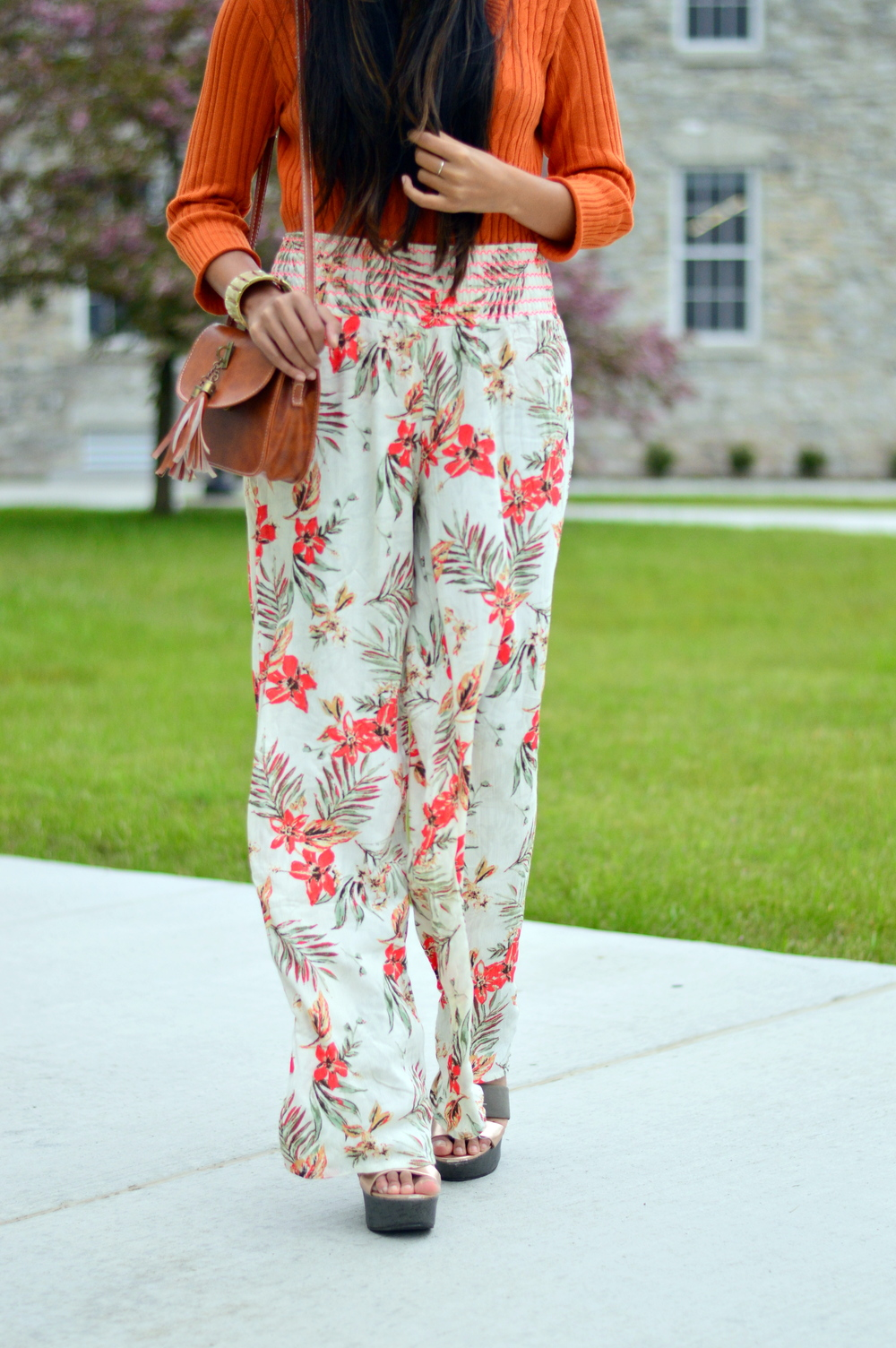 loral-wide-leg-pants-beach-coverup-summer-beach-blogger-outfit 5