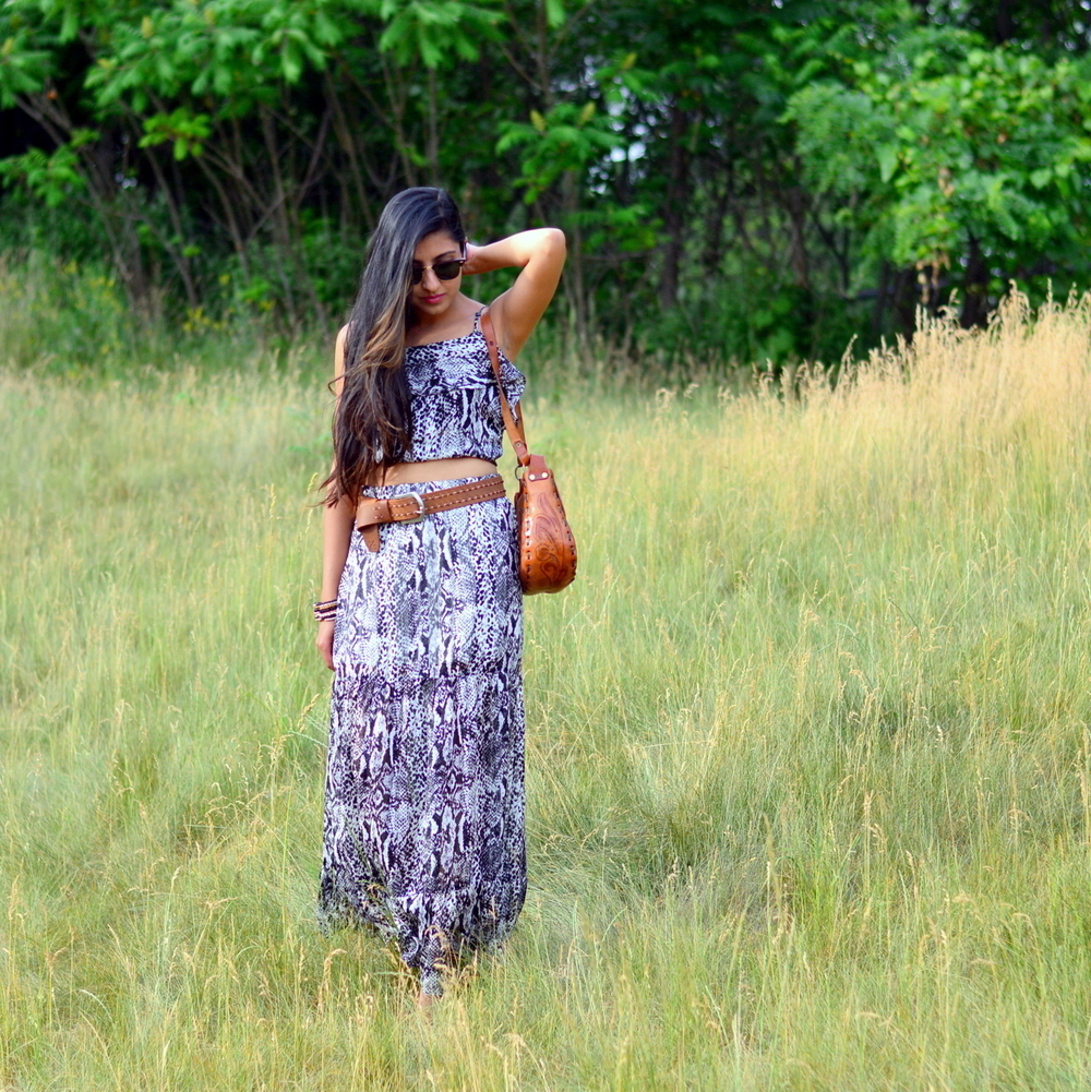 python-print-maxi-skirt-set-boho-chic-blogger-summer-outfit