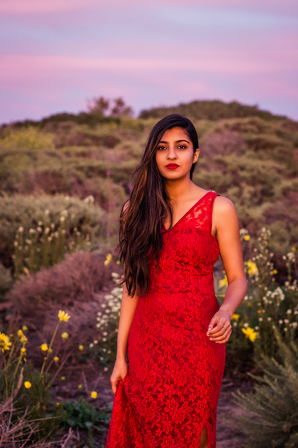 red-lace-maxi-dress-summer-beach-outfit 2