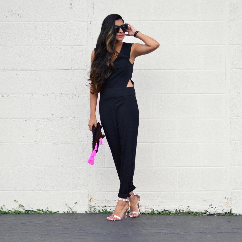 black-cutout-jumpsuit-monochrome-tassels-statement-accessories-blogger-outfit 6