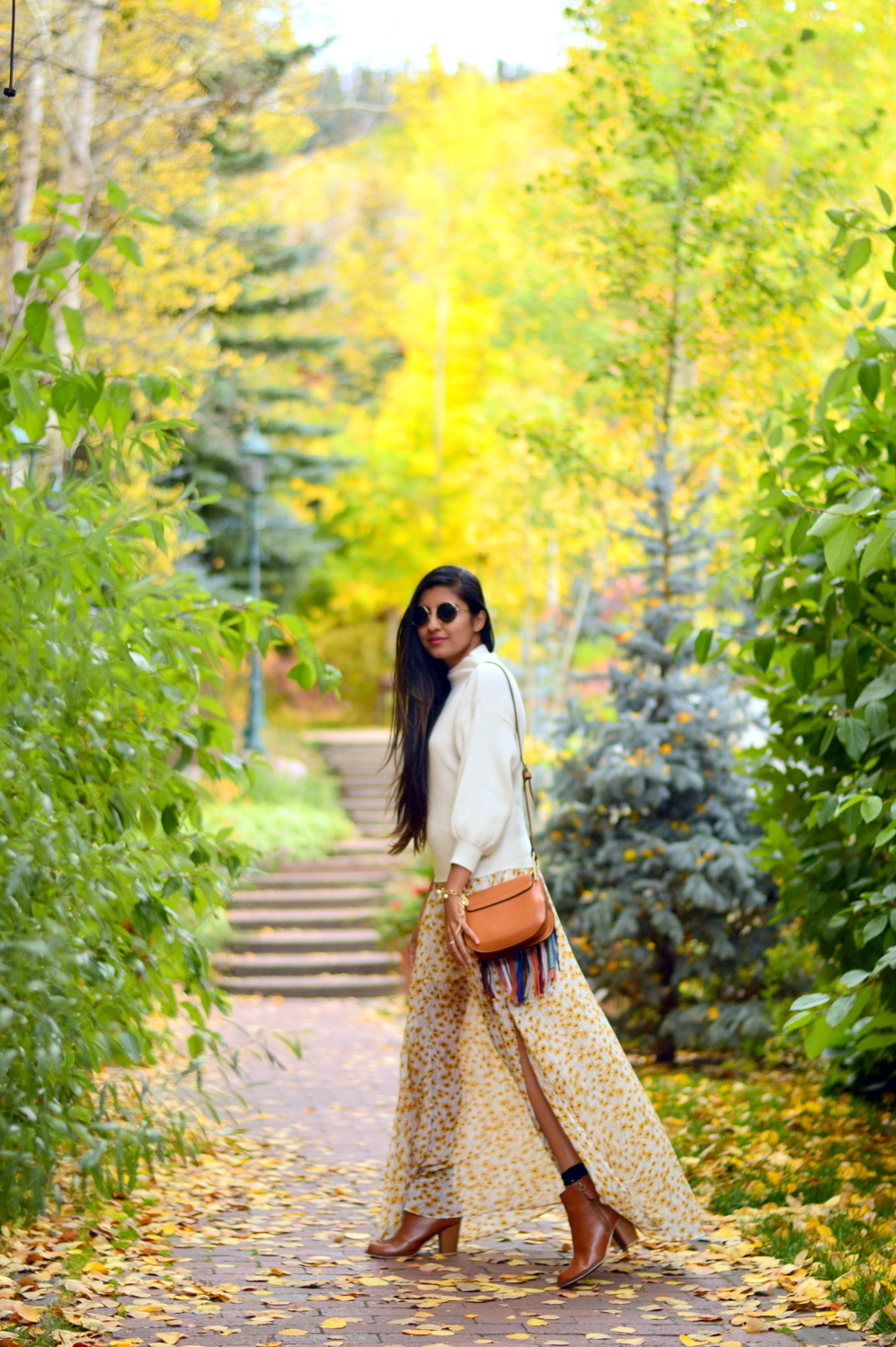 turtleneck-sweater-boho-floral-maxi-dress-travel-Vail-Colorado-style 1