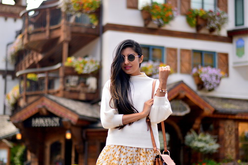 turtleneck-sweater-floral-maxi-dress-fall-layers-style-blogger-travel-Vail-Colorado 2