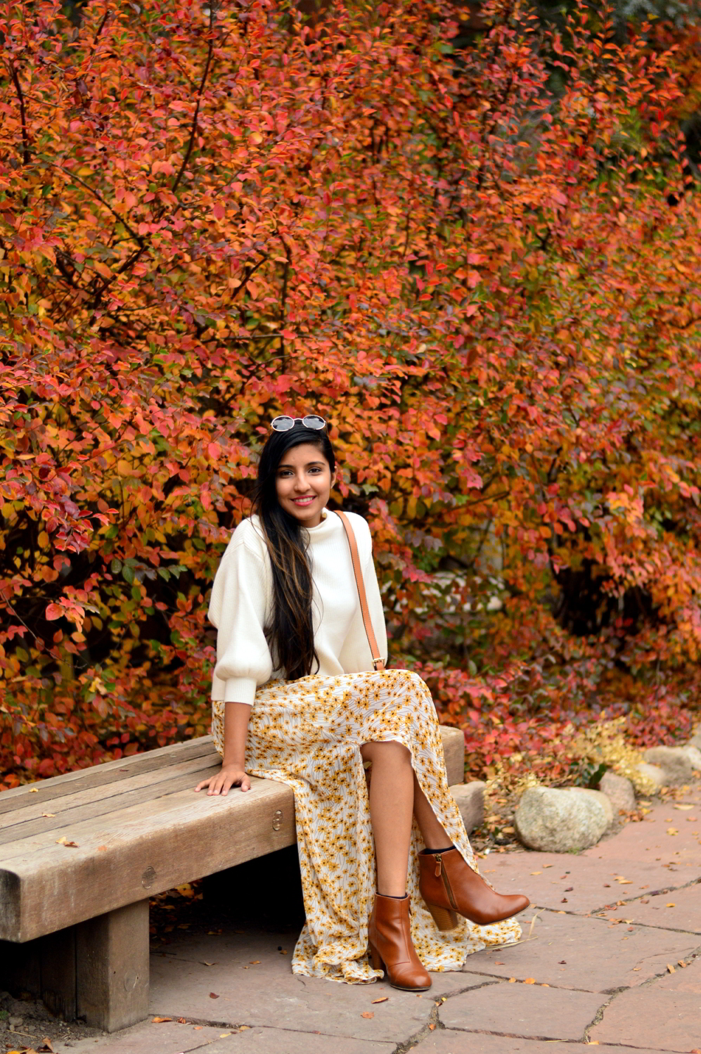 turtleneck-sweater-floral-maxi-dress-fall-layers-style-blogger-travel-Vail-Colorado 7