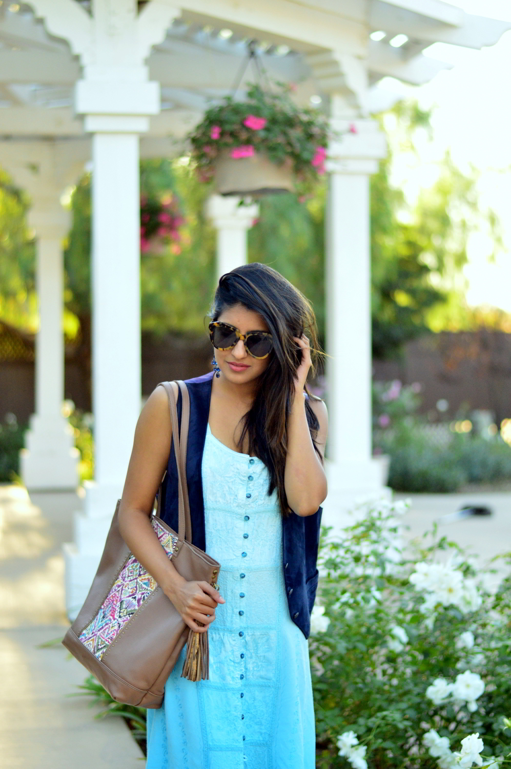 embroidered-maxi-dress-suede-vest-fall-california-blogger-style-outfit 5