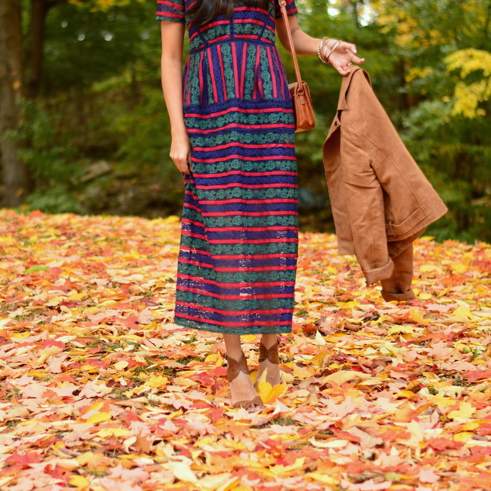 lace-multicolored-maxi-dress-suede-jacket-fall-style-blogger-outfit 4
