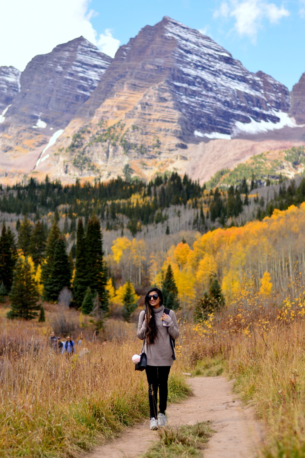 travel-blogger-guide-fall-style-maroon-bells-aspen-colorado-things-to-do 3