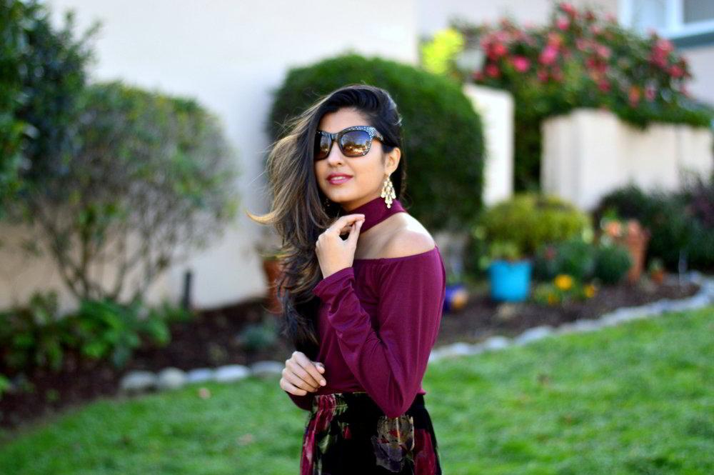 velvet-floral-skirt-choker-burgundy-top-party-outfit-NYE-blogger 4