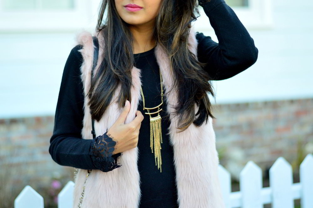 california-winter-layers-sweater-dress-lace-faux-fur-vest-fringe-necklace-jewelry-blogger 4
