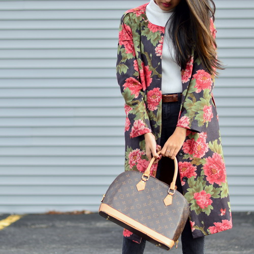 suede-floral-coat-turtleneck-sweater-winter-street-style-blogger-outfit-fashion 2