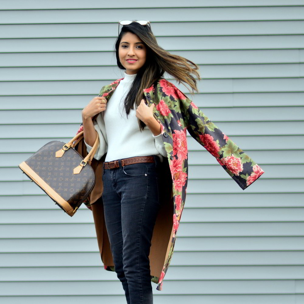 suede-floral-coat-winter-street-style-blogger-outfit-fashion-spring-inspiration 7