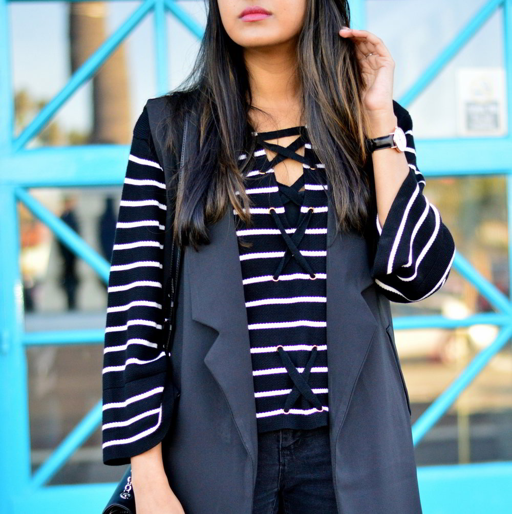 black-and-white-longline-vest-winter-outfit-fashion-blogger-california-laceup-sweater 4
