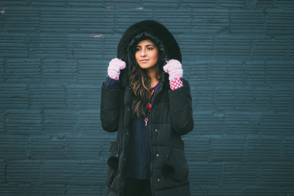 puffer-jacket-velvet-over-the-knee-boots-winter-snow-day-style 7