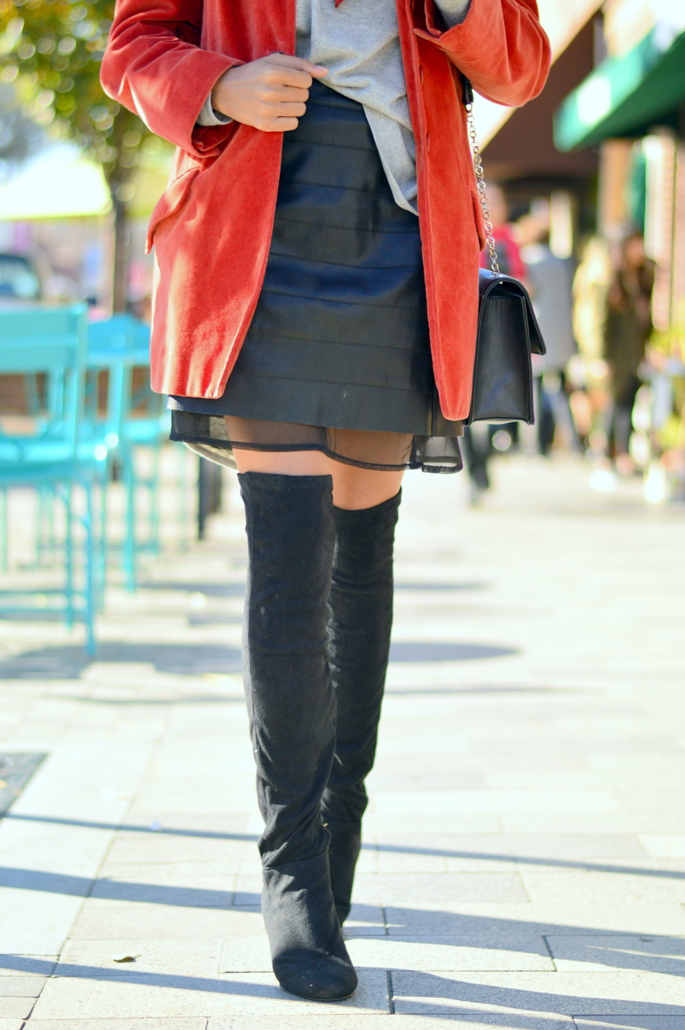 transitional-spring-style-textures-suede-leather-over-the-knee-boots-blogger-style 8