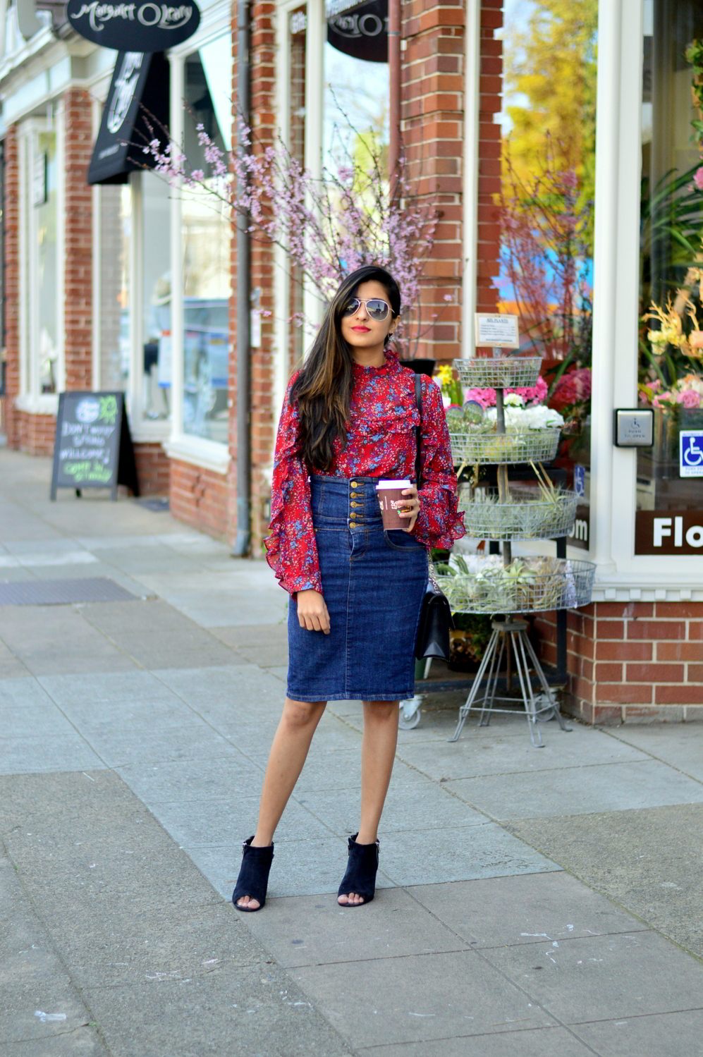 ruffles-floral-top-spring-style-midi-denim-skirt-blogger-outfit 3