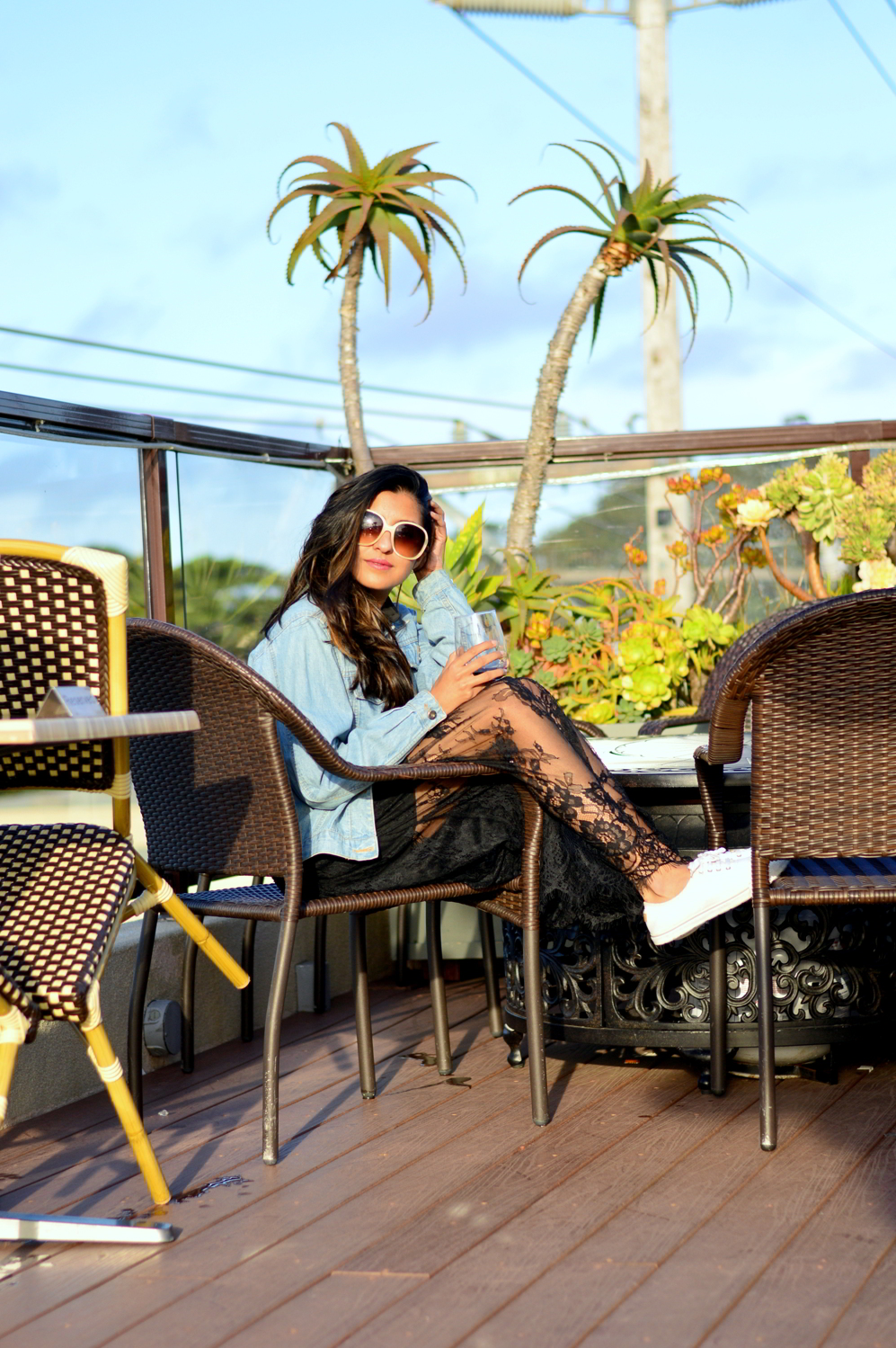 lace-black-maxi-dress-monterey-california-beach-outfit-blogger-hotel-travel-style 2