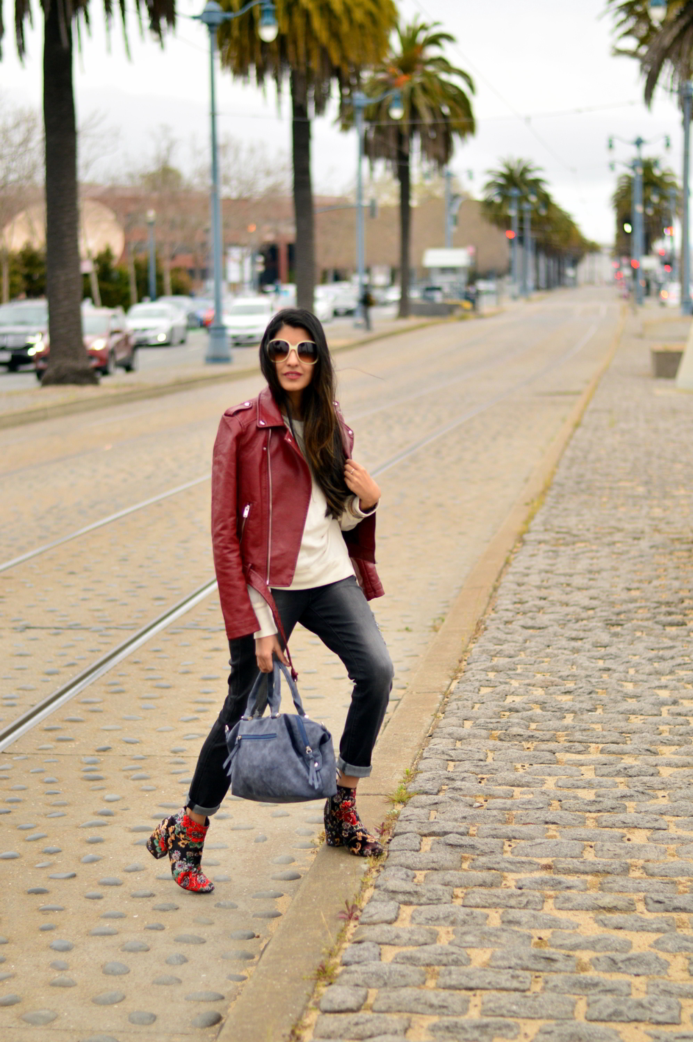 spring-layers-basics-san-francisco-floral-velvet-boots-blogger-outfit 8