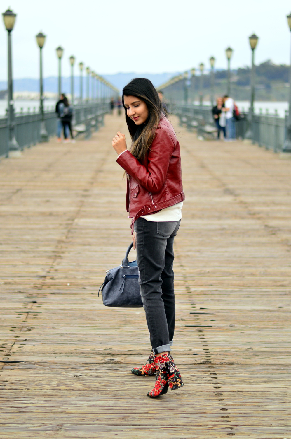 spring-layers-basics-san-francisco-floral-velvet-boots-blogger-outfit 9
