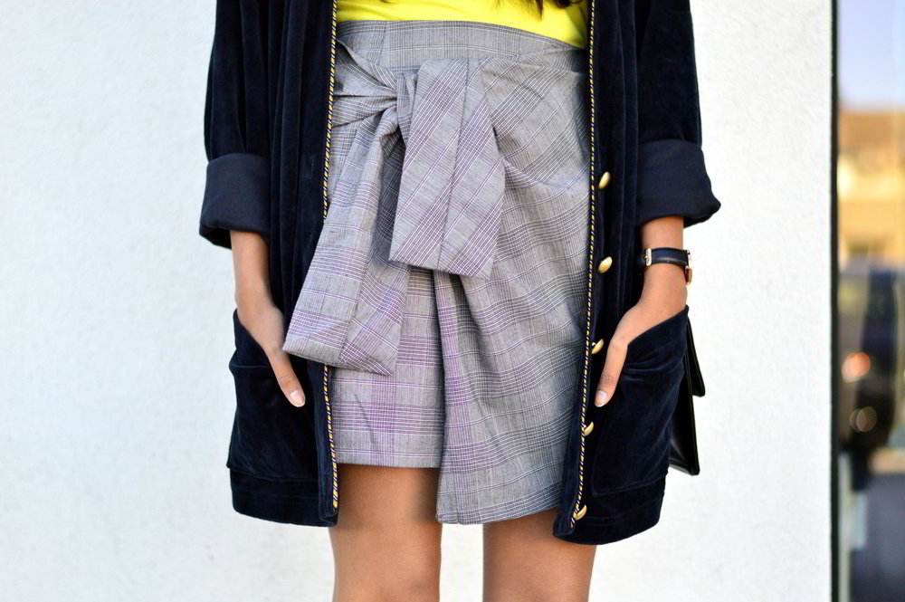 plaid-bow-knot-skirt-clear-glasses-work-style-casual-outfit-blogger-summer 6