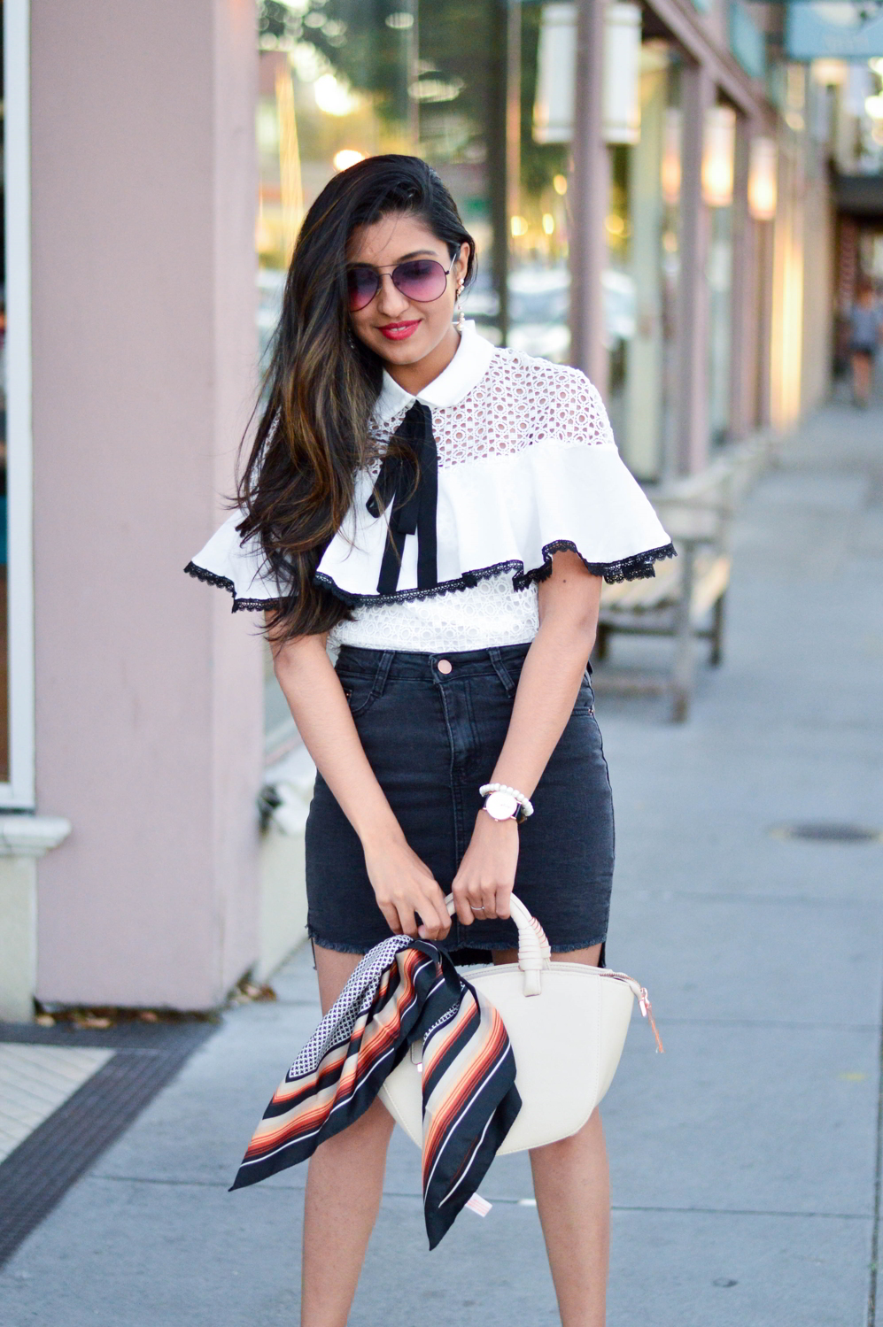 black-denim-white-crochet-lace-preppy-mules-blogger-outfit-fashion 2