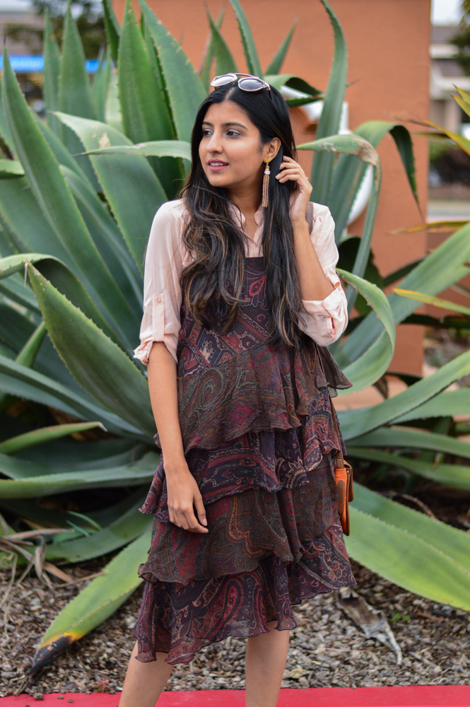 ruffles-paisley-print-summer-dress-neutrals-blogger-outfit-tassels-earrings 2
