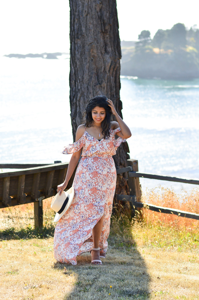 little-river-inn-mendocino-california-travel-blogger-outfit-style-summer-florals 7