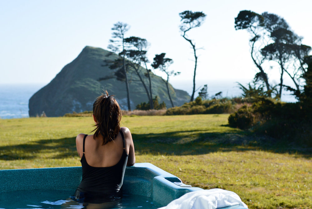 mendocino-little-river-inn-hot-tub-vacation-style-california-roadtrips 7