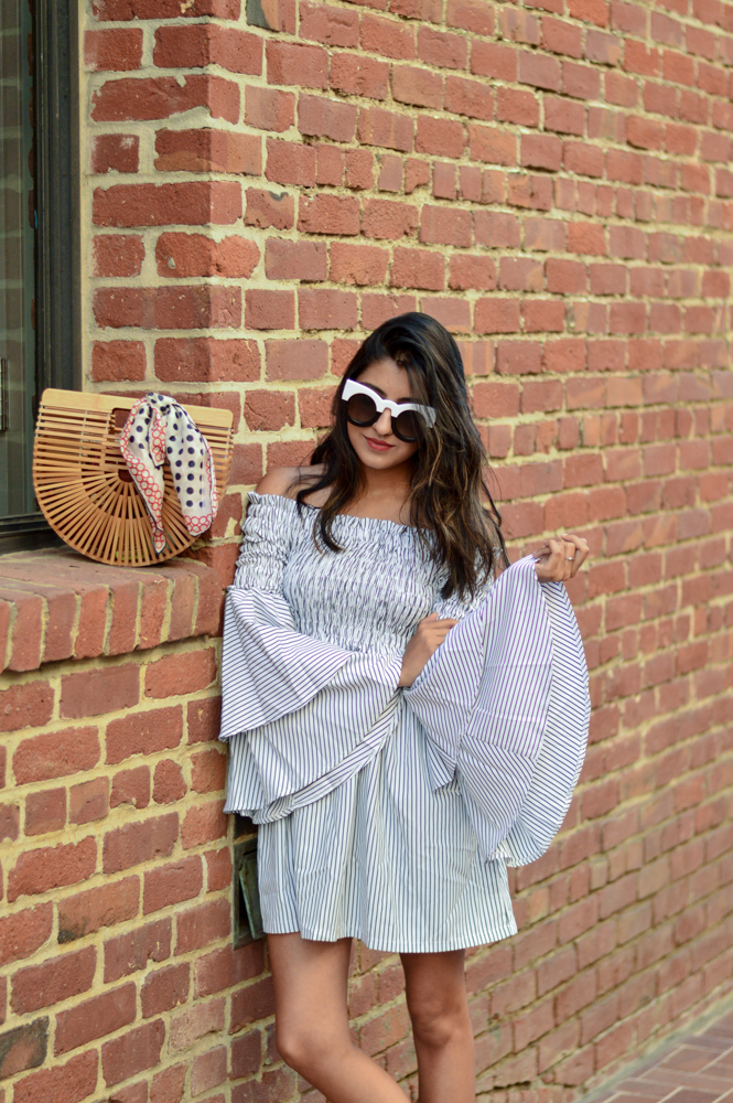 bell-sleeves-ruffles-stripes-dress-fashion-blogger-summer-style-outfit 5