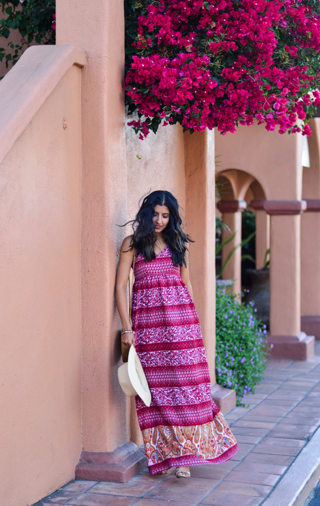 paisley-print-maxi-dress-fall-style-wicker-circle-bag-blogger-outfit 1