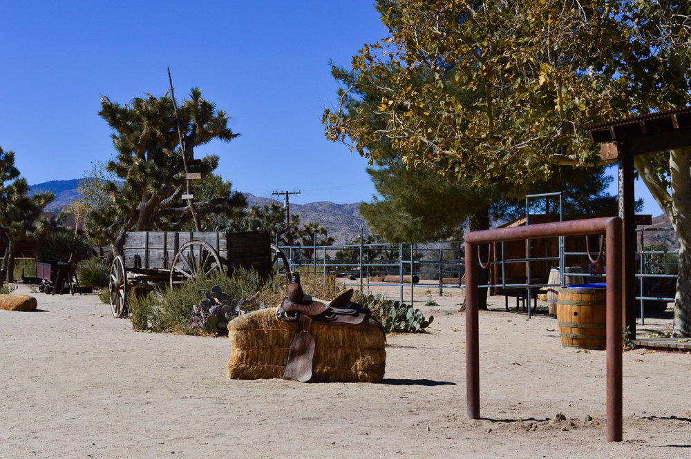 western-vibes-pioneertown-california-travel-blogger 9