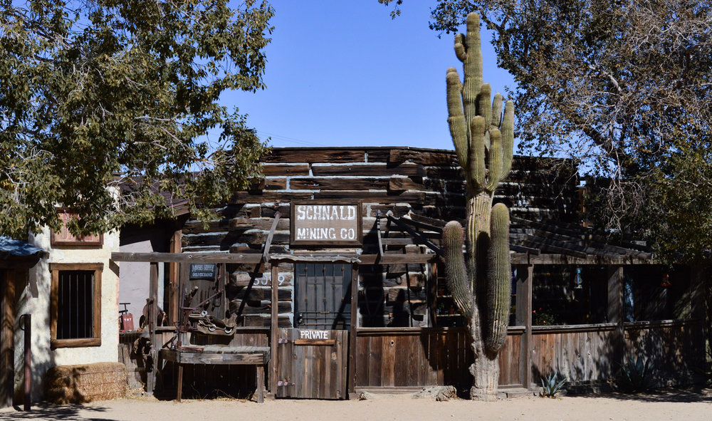 western-vibes-pioneertown-california-travel-blogger 12