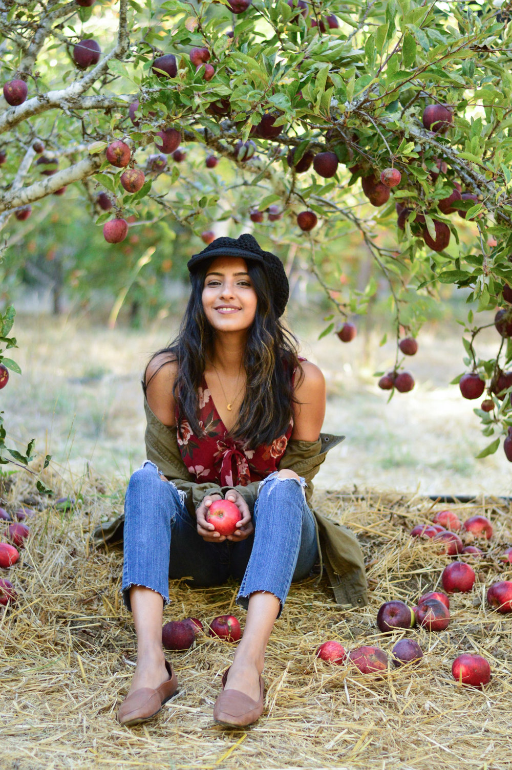 apple-picking-fall-florals-utility-jacket-california-style 5