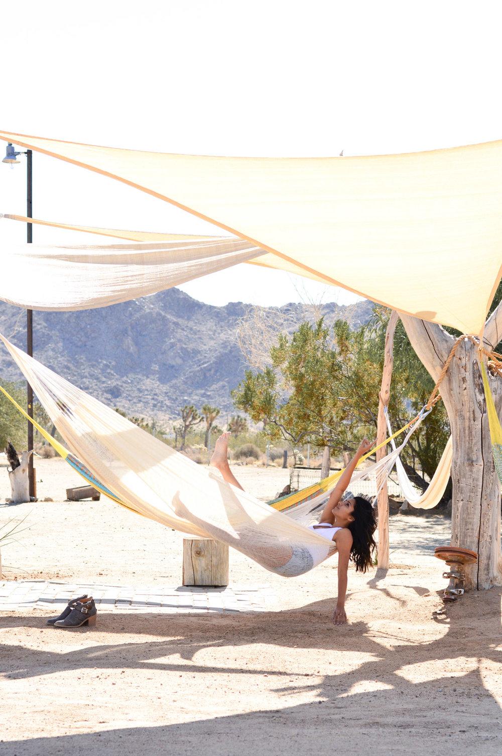 joshua-tree-hammocks-desert-california-travel-airbnb-where-to-stay 6