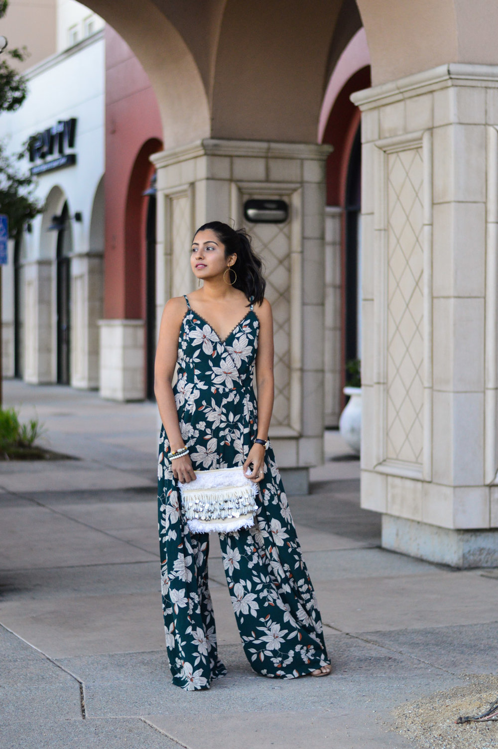 floral-jumpsuit-fall-florals-california-blogger-outfit 4