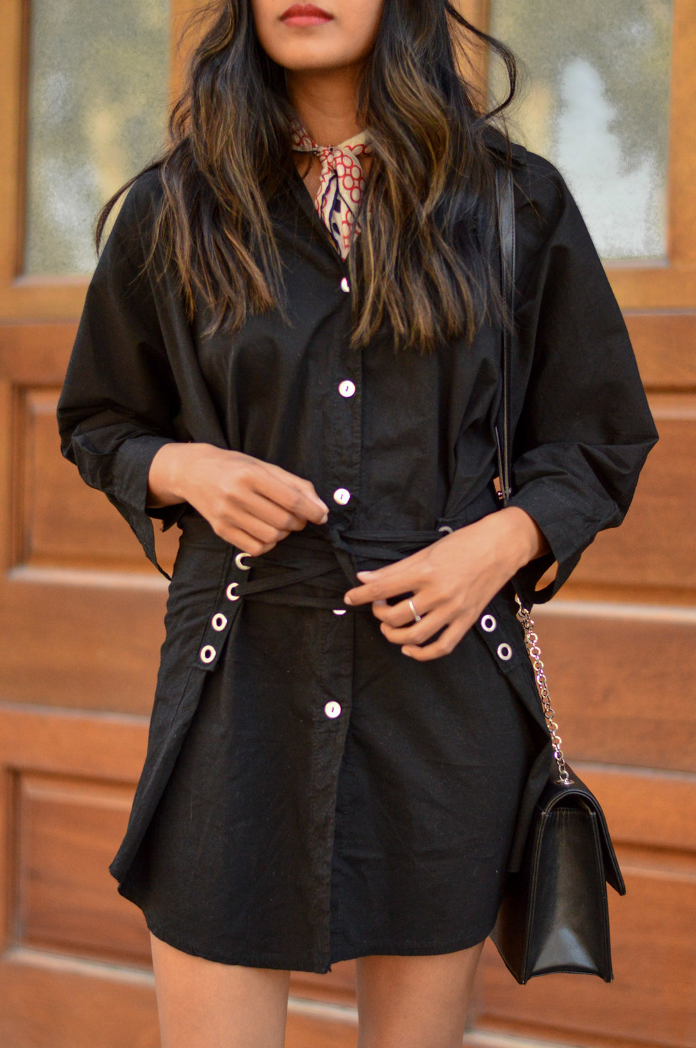 corset-shirtdress-silk-scarf-fall-style-blogger-outfit 4