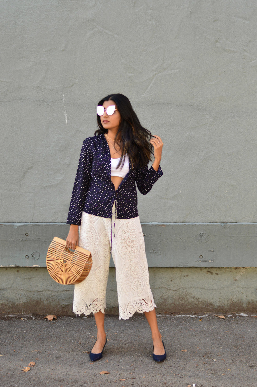 stars-print-fall-fashion-lace-culottes-blogger 1