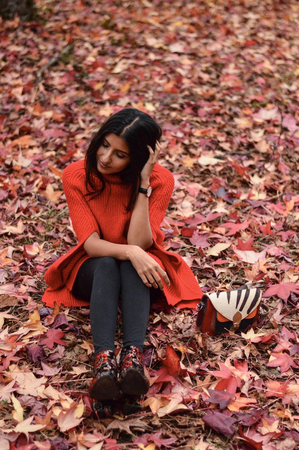 red-cape-sweater-fall-fashion-apple-hill-california 8