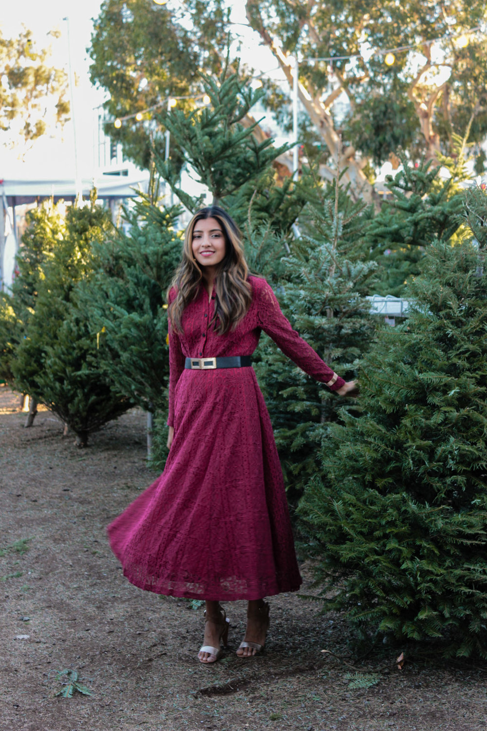 christmas-tree-farm-maxi-dress-holiday-party-style 1