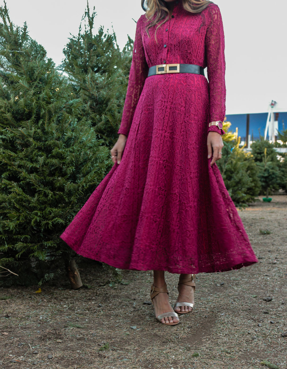 christmas-tree-farm-maxi-dress-holiday-party-style 4