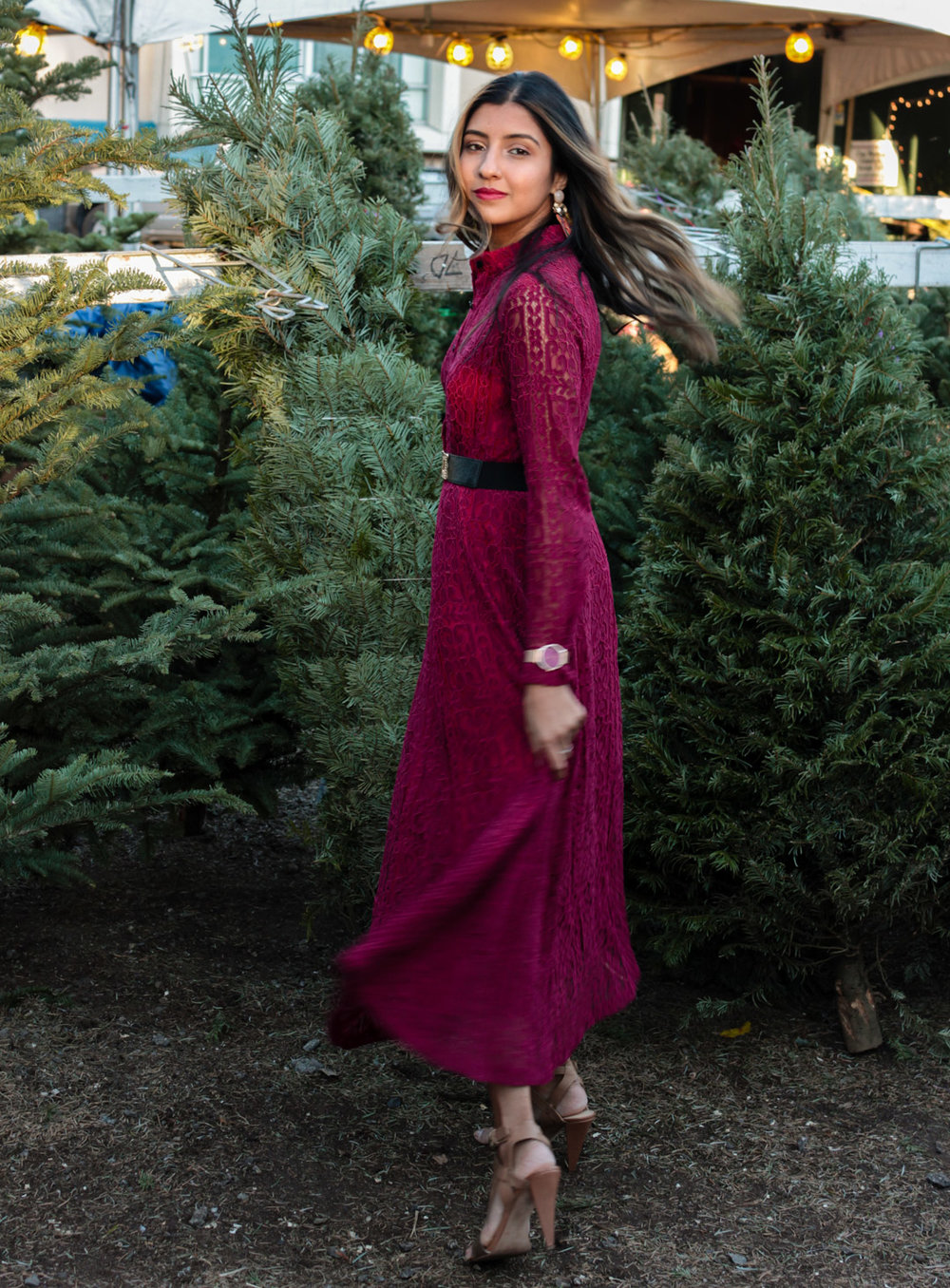 christmas-tree-farm-maxi-dress-holiday-party-style 10