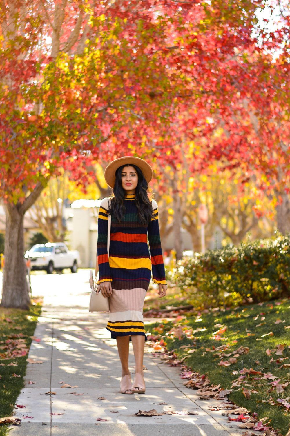 ribbed-stripes-knit-midi-dress-blogger-style-outfit 3